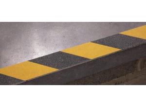 Adhésif signalisation jaune et noir 5m x 50mm rugueux