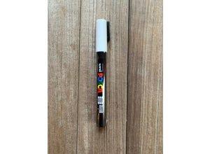 Crayon permanent indélébile blanc